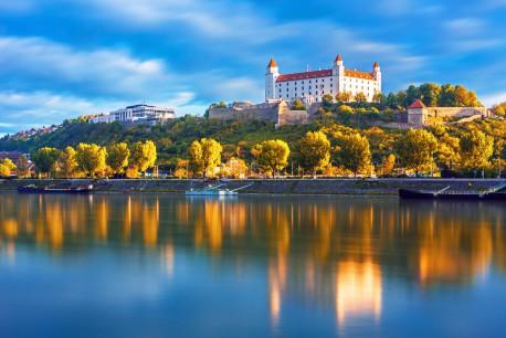 Bratislava40%Fotolia