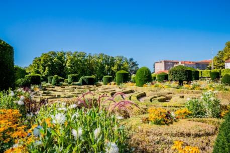 Castres jardin evecheFotolia
