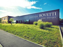 """LES CHOCOLATS """"BOVETTI"""" ET SON MUSEE"""