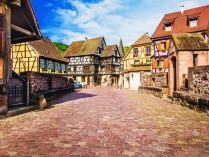 GRAND TOUR D'ALSACE avec FRIBOURG et LAC de TITISEE
