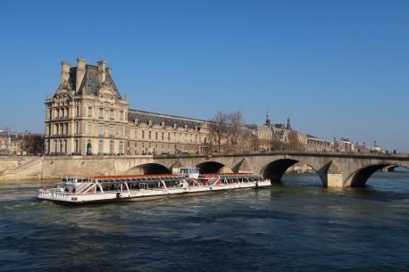 ILLUMINATIONS DE PARIS, CROISIERE ET SPECTACLE